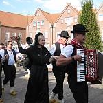 Die Tanzgruppe aus Twist beim Volkstanztreffen in Haselünne. (Quelle: privat)