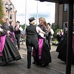 Die Wettruper Tanzgruppe beim Volkstanztreffen in Haselünne. (Quelle: privat)