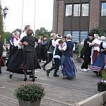 Gemeinsame Sternpolka zum Abschluss beim Volkstanztreffen in Haselünne. (Quelle: privat)